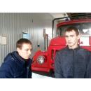21-летний Никита Иванов и 28-летний Сергей Полосухин спасли на пожаре человека