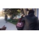 Пьяная мать в Искитиме протащила за волосы дочь по центру города