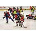 Самые маленькие хоккеисты бердского ХК «Кристалл» сыграли первый матч