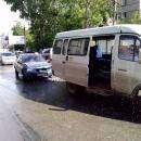 Легковое такси в Бердске наехало на маршрутное