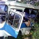 Видео: Служебный автобус «Кристалла» в рабочими слетел в кювет у пос. Вега