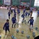 Видео: Впервые после капремонта спортзал «Вега» в Бердске провел футбольный праздник