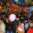 Видео: Первые посетители штурмовали ресторан Макдоналдс в Бердске
