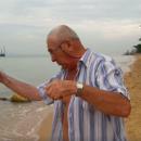 Бердчанин Валерий рыбачит в Паттайе