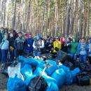 Основной мусор, убранный с берегов - пластик и железные банки
