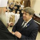 Митрополит Тихон наградил мэра Бердска знаком «За усердные труды»