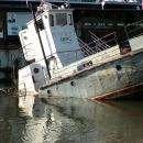 Утонул катер «Марс» у пляжа «Ремикс» в Бердске