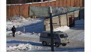 Проход у котельной Вега закрыт блоками