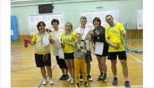 Бердчанки одержали уверенную победу в игре в бадминтон в Барнауле