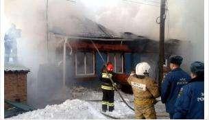 Сгоревший дом на ул. 8-ое Марта в Бердске ремонту не подлежит