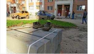 Работы во дворе №130 на ул. Красная Сибирь