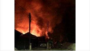 Пьяная мать и старший ребенок спаслись. Двое малышей погибли во время пожара