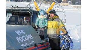 Акция безопасная Масленица прошла у спасателей МЧС в Бердске