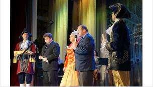 Поздравляли бердчан мэр города, председатель Совета депутатов и императрица Екатерина II