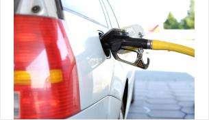 Средняя цена автомобильного бензина повысилась до 40 рублей 46 копеек