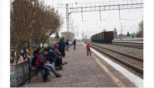 Платформа рядом с вокзалом Бердска