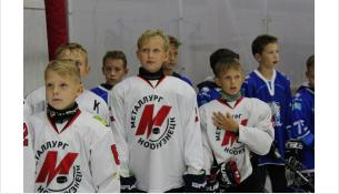 Международный турнир по хоккею в Искитиме посвятили Дню флага РФ