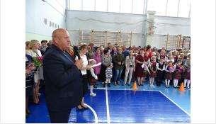 Депутат горсовета Бердска Николай Бауэр в школе №8