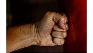 11 ударов кулаками в голову: пьяный искитимец убил свою мать