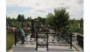 Ничего святого! Чугунные оградки воровал на кладбище в Советском районе житель Новосибирска