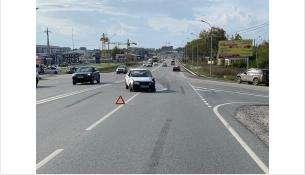 77-летний водитель «ВАЗ» совершил столкновение с двумя автомобилями