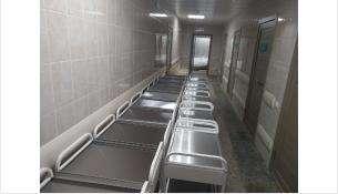 Третий этаж оснащают медицинской мебелью и современными аппаратами