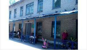 Детскую поликлинику в Микрорайоне Бердска откроют 20 ноября после капремонта