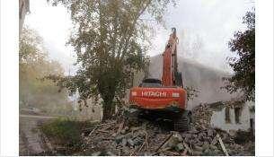 Бердск избавляется от аварийных неприглядных домов в центре