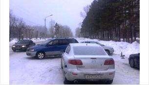 Столкнулся с попуткой и врезался в припаркованный авто водитель «Тойоты» в Бердске