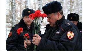 Турнир по стрельбе Росгвардия посвятила памяти погибшего коллеги Владимира Измайлова