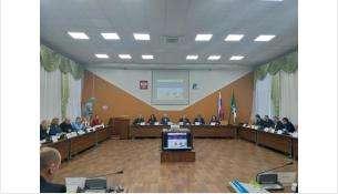 Депутаты обсудили скандальный вопрос на сессии