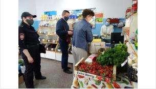 «Коронавирусный» рейд не выдержали торговцы фруктами и пивнушка в Бердске