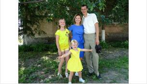 Молодая семья Шевчук ведет АРТ-проект для детей с ОВЗ в Бердске