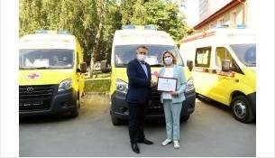 Автомобили оснащены всем оборудованием, необходимым для перевозки пациентов с подозрением на коронавирус