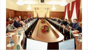 Депутаты фракции «Единая Россия» активно включились в работу по оказанию помощи медучреждениям