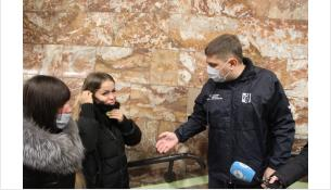 Вячеслав Невежин проводит рейд в метро