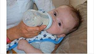 Педиатры назначают детям кисломолочную продукцию