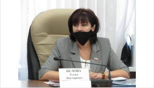 """Округ Елены Беловой попал под """"ножницы"""""""