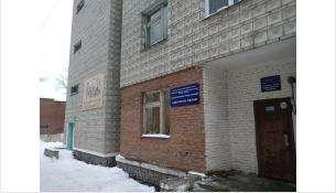 Детская больница на ул. Ушакова в Бердске - место круглосуточного приема детей