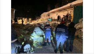 Погибла девушка под рухнувшей кровлей ночного клуба в Советском районе Новосибирска