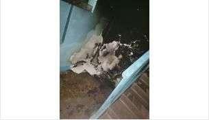 Сгоревший матрас оставил немало работы уборщице