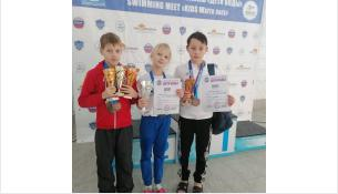 Юные пловцы из Бердска