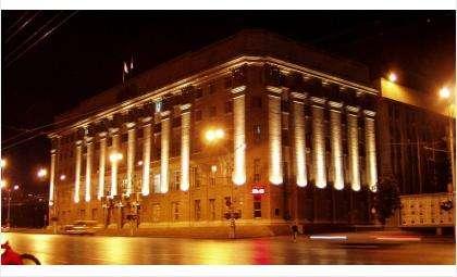 Локоть в Новосибирске уволил из мэрии 11 чиновников