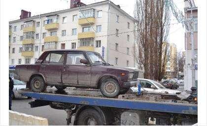 В Бердске полиция изъяла автомобиль таксиста-нелегала