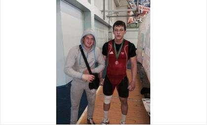 «Золото» по тяжелой атлетике и настольному теннису выиграл Бердск