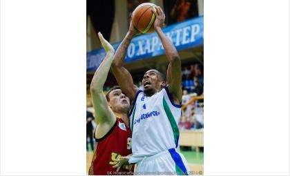 Баскетболисты мужской суперлиги проведут мастер-класс в Бердске