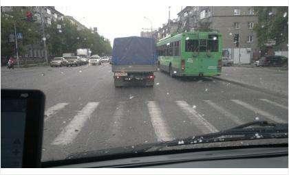 """Фотофакт: В Новосибирске работает """"установка град"""""""