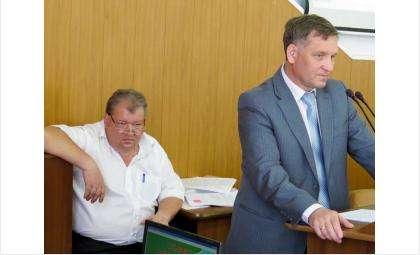 Директор МУП «КБУ» Александр Кожин (на фото слева) и вице-мэр Бердска Сергей Носов