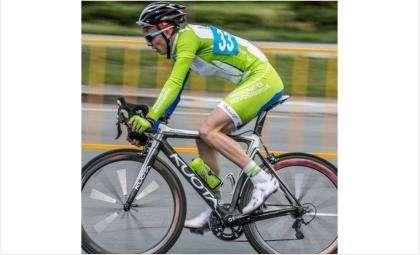 Бердчанин Александр Мамонтов - чемпион России по велоспорту