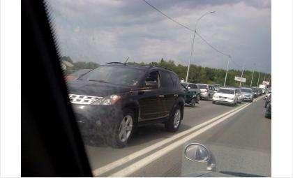 На бердском участке трассы М-52 пробка из-за аварии